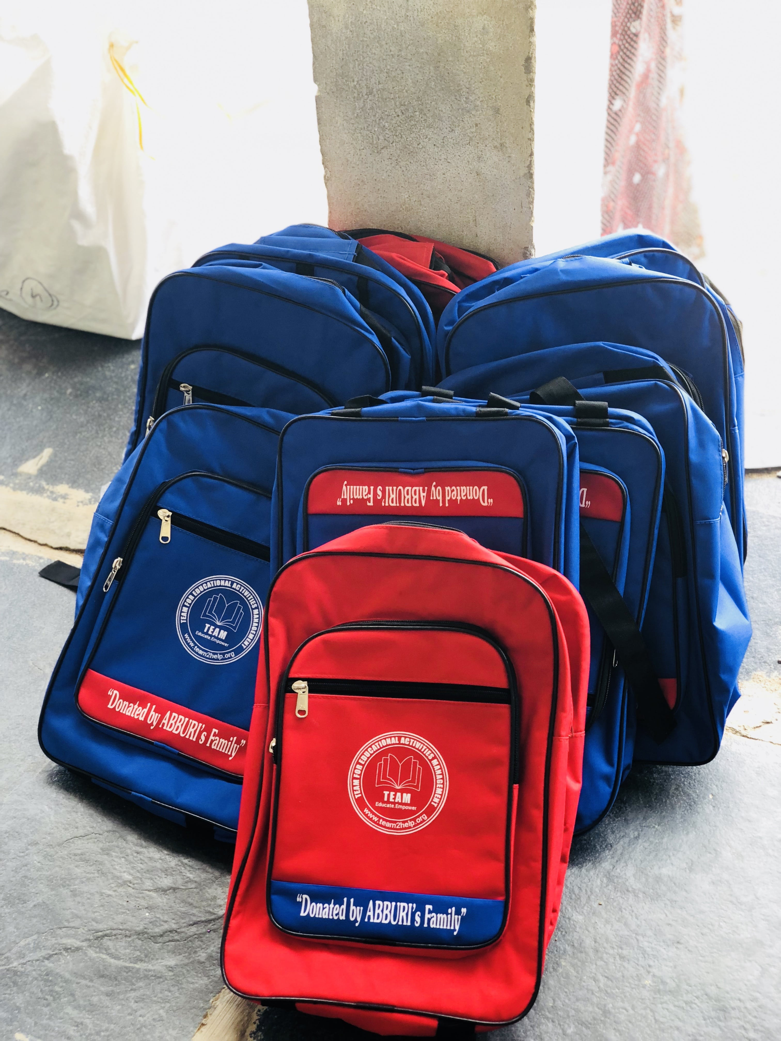 Back packs distribution at MPP School